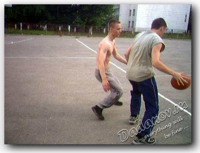 Упражнения в тренажерном зале