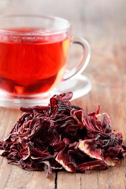 Чай каркаде. Свойства, влияние на давление, противопоказания и польза