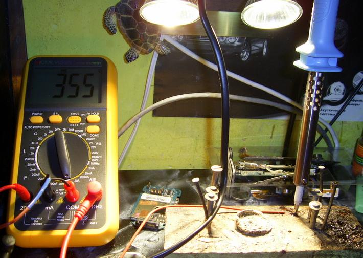 схемы радиоэлектронных устройств - Схемы. схема простого зарядного устройства для автомобильного аккумулятора с.