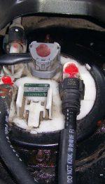 Замена топливного фильтра Mitsubishi Outlander (фото)